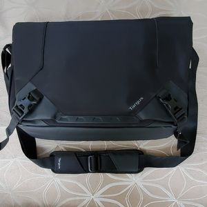 Targus Bag Gaming Size